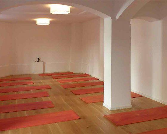 Online Yogakurse über Zoom